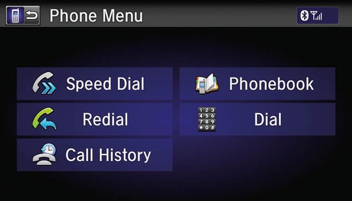 Có thể kết nối điện thoại thông minh qua hai cổng HDMI và USB