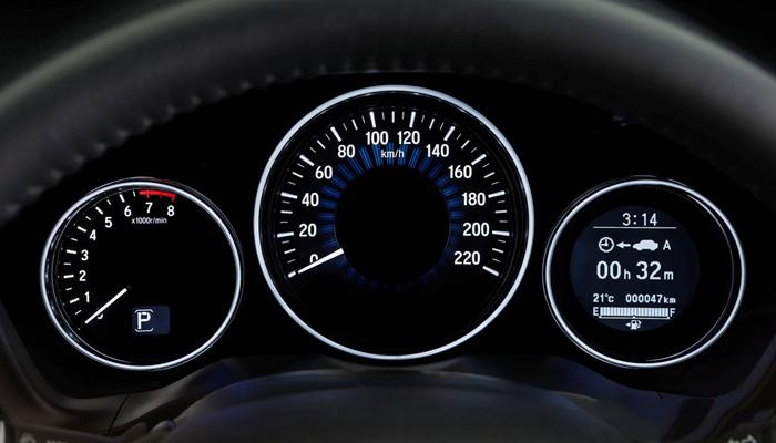 Cơ động và rất tiết kiệm nhiên liệu, đem đến nhiều trải nghiệm lái ấn tượng