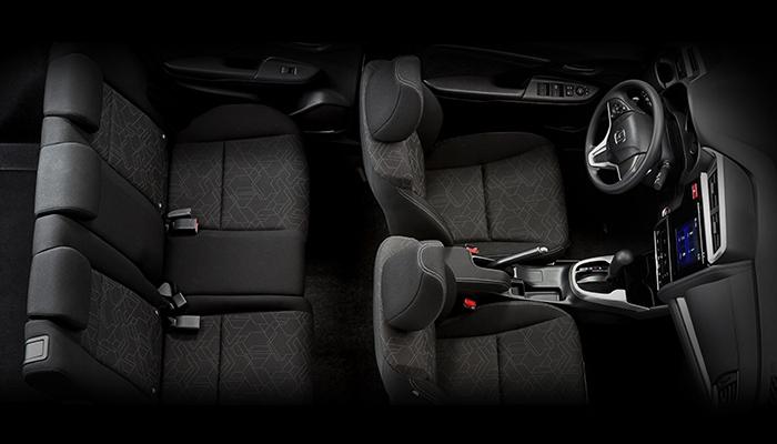 Nội thất Honda Jazz màu đen
