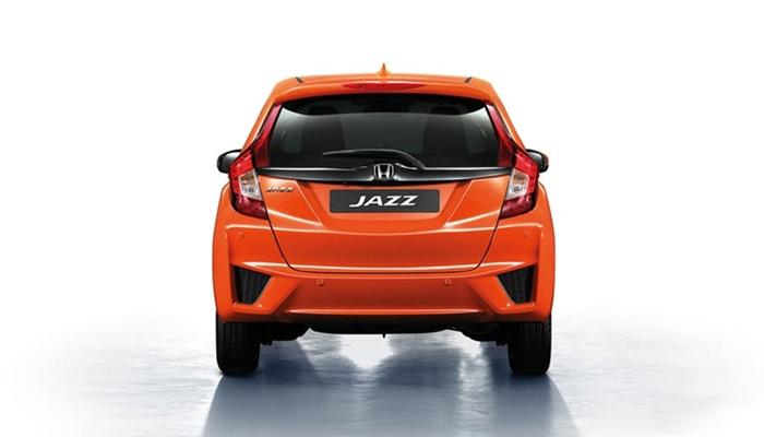 Phía sau đuôi, tính nhận diện của Honda