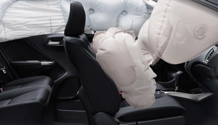 Túi khí cho người lái và người kế bên