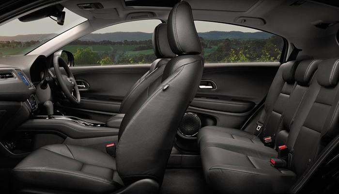 Về không gian nội thất, Honda HRV 2019 sở hữu không gian rất rộng rãi và đa dụng
