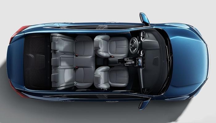 Về không gian xe honda Civic