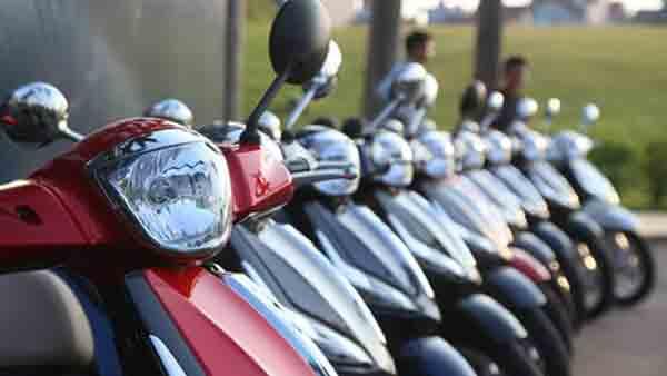 Nộp phí trước bạ cho xe máy