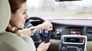 Lái xe tiết kiệm nhiên liệu