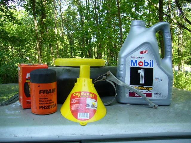 Các dụng cụ để thay nhơt xe ô tô
