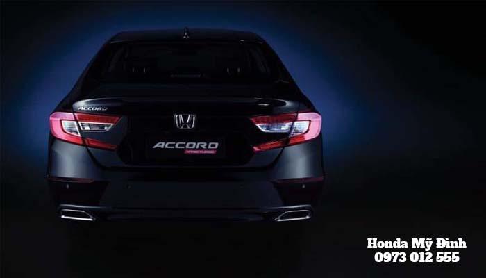 Vẫn là biểu tượng logo Honda quen thuộc