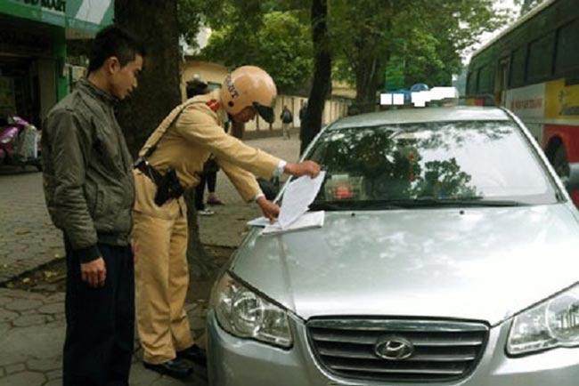 Mức phạt lỗi dừng đỗ xe ô tô