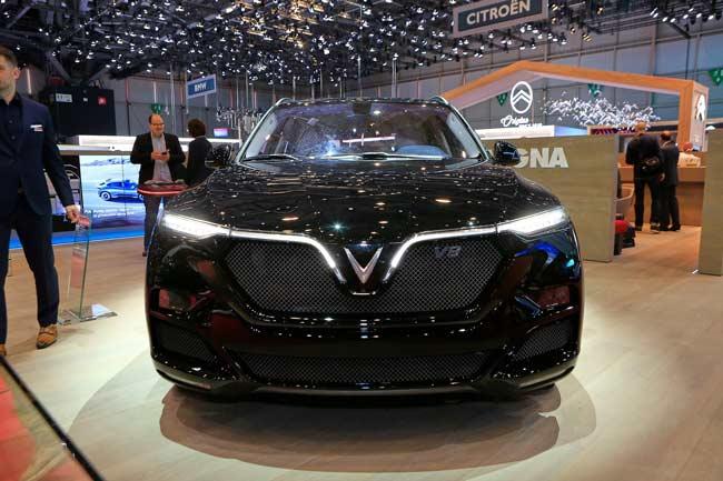 Giá xe Vinfast Lux V8