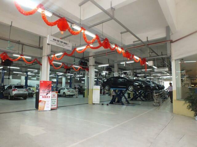 Xưởng dịch vụ rộng gần 3.000 m2