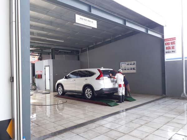 Khu vực rửa xe miễn phí sau sửa chữa