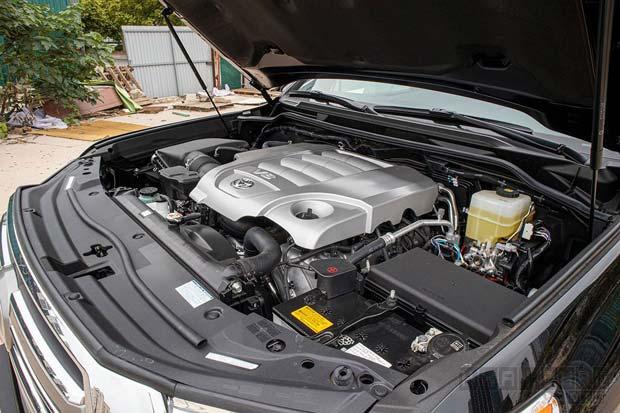 Động cơ Toyota Land Cruiser 2020
