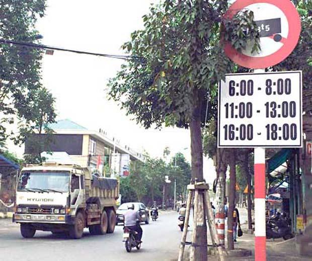 Tại sao phải cần đến giấy phép xin vào phố cấm