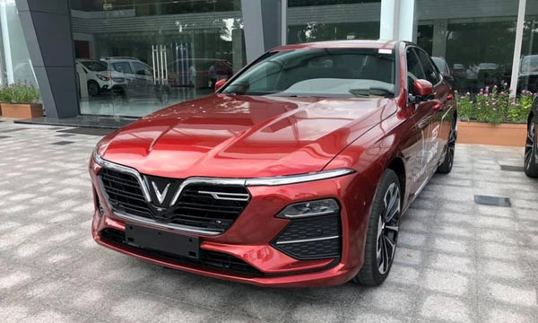 Phần đầu xe Vinfast lux A2.0 Mistiquye Red
