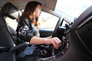 Thao tác lái phức tạp, độ khó cao