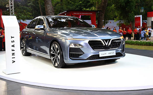 Vinfast lux A2.0 Neptune grey cl