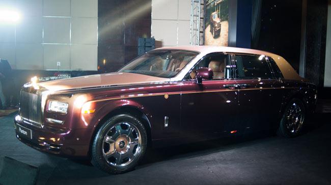 Rolls-Royce Phantom Lửa thiêng