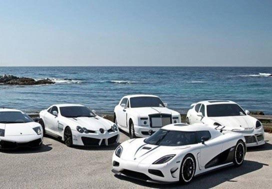 Chọn xe màu trắng