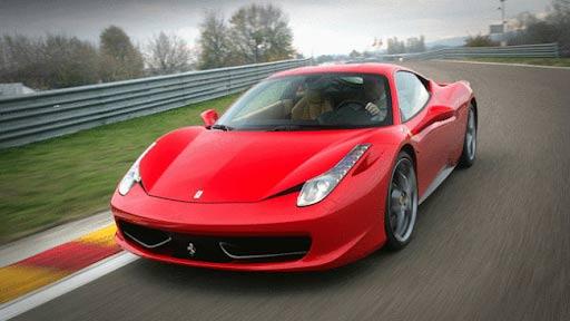 Nữ tuổi Giáp Tý nên mua xe màu đỏ