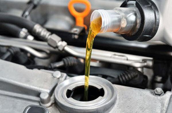 Khi nào nên thay dầu hộp số ô tô